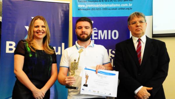 Prêmio ARI de Jornalismo reconhece profissionais e estudantes da PUCRS