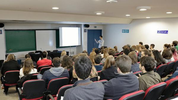 Estudantes da PUCRS embarcam para 39 universidades no exterior