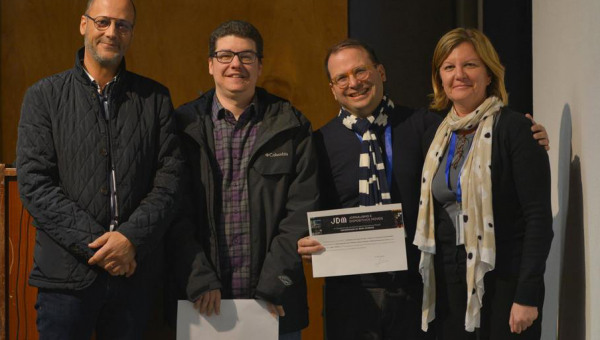 Pesquisadores são premiados em congresso de jornalismo para dispositivos móveis
