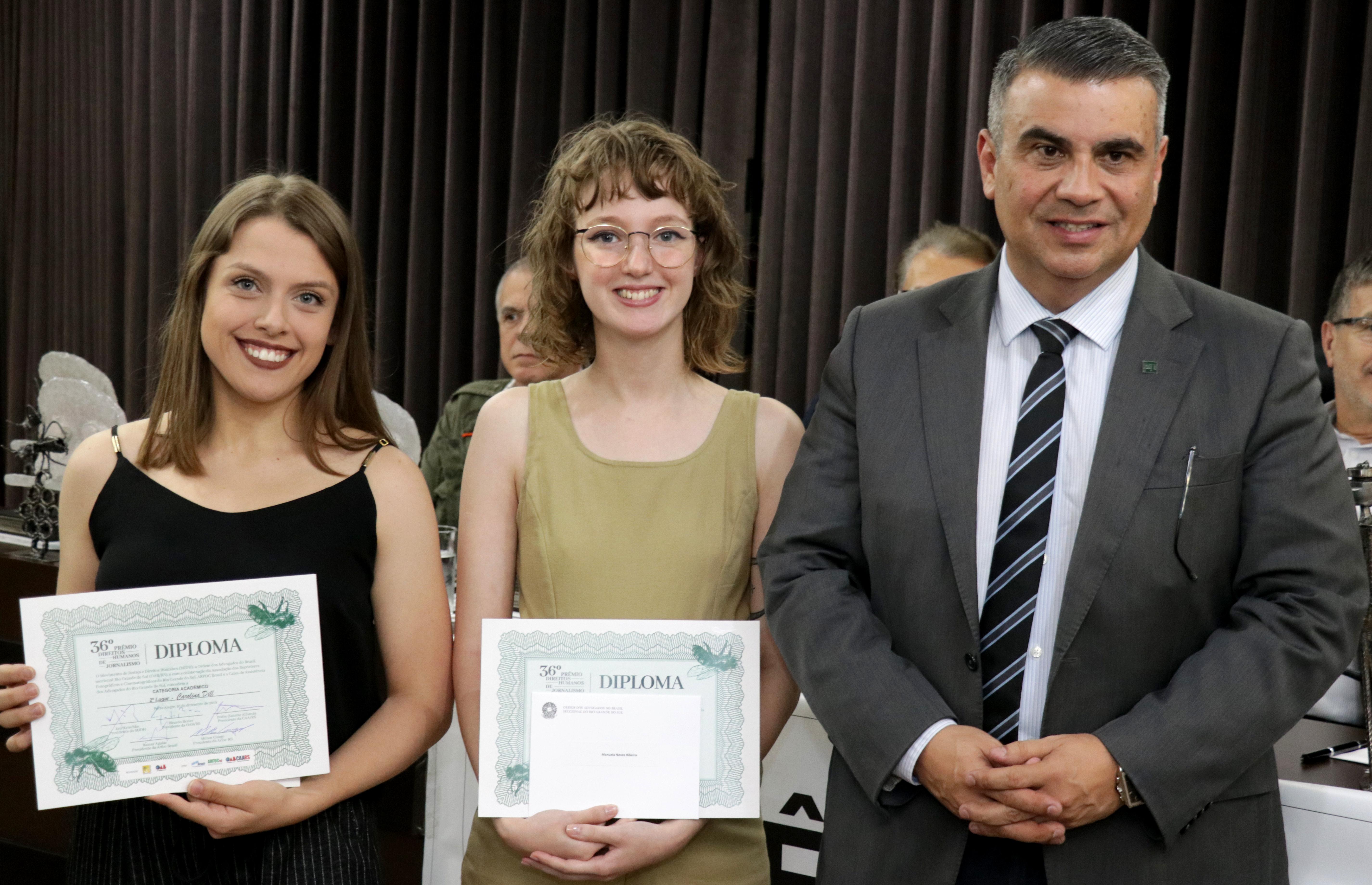 Alunas da Famecos são premiadas no 36º Prêmio de Direitos Humanos de Jornalismo