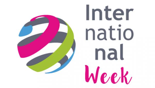 Semana aborda vivências internacionais