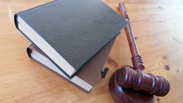 Inscrições abertas para cursos de extensão da Escola de Direito
