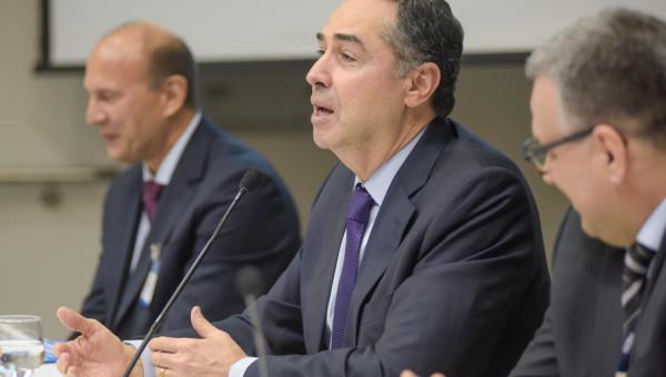 Ministro Barroso, do STF, abre 15º Seminário Internacional Direitos Fundamentais