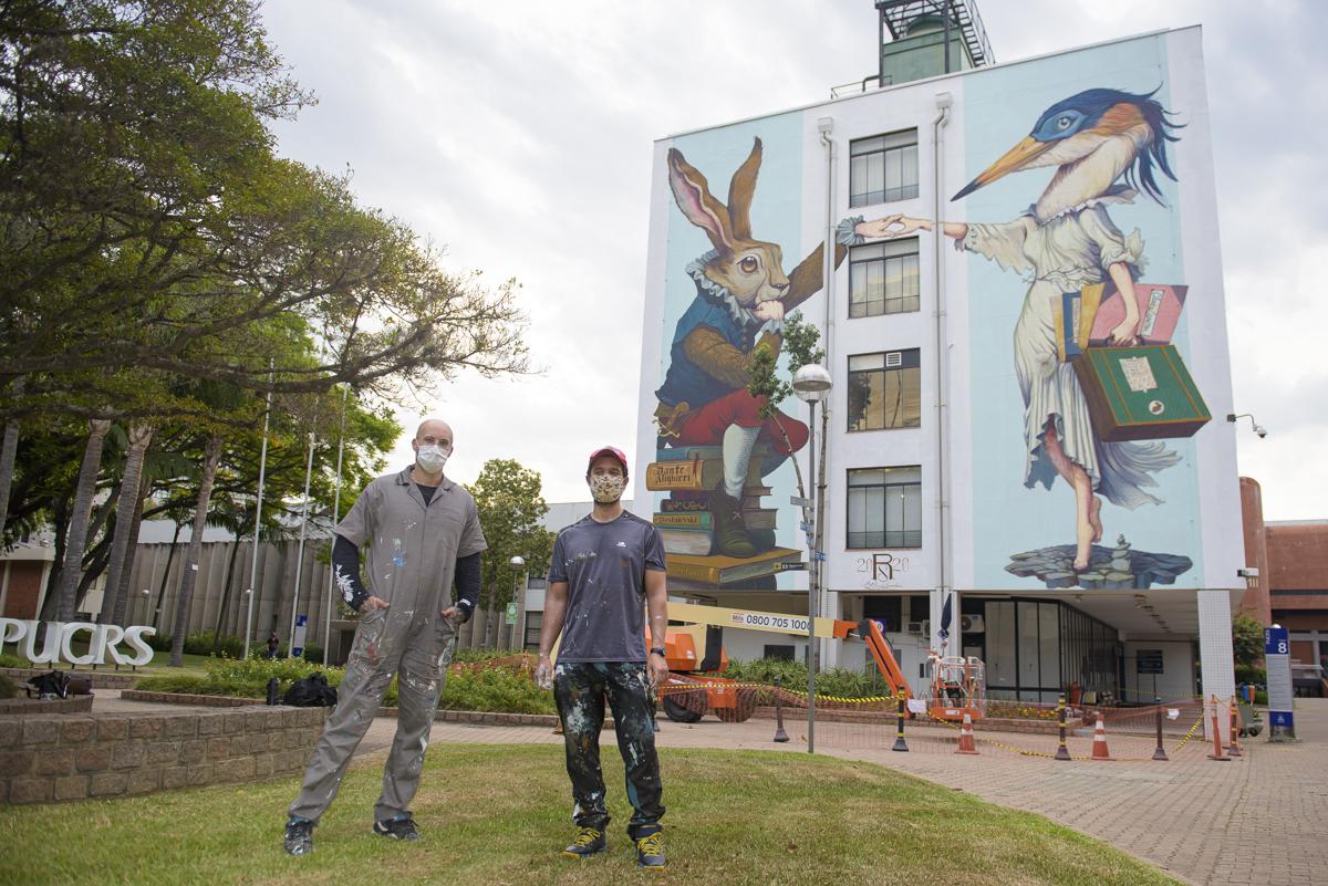 Galeria a Céu Aberto: Campus daPUCRS ganhamuraisde grandes dimensões