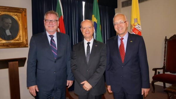 Ambassador of Federal Republic of Germany in Brazil visit PUCRS