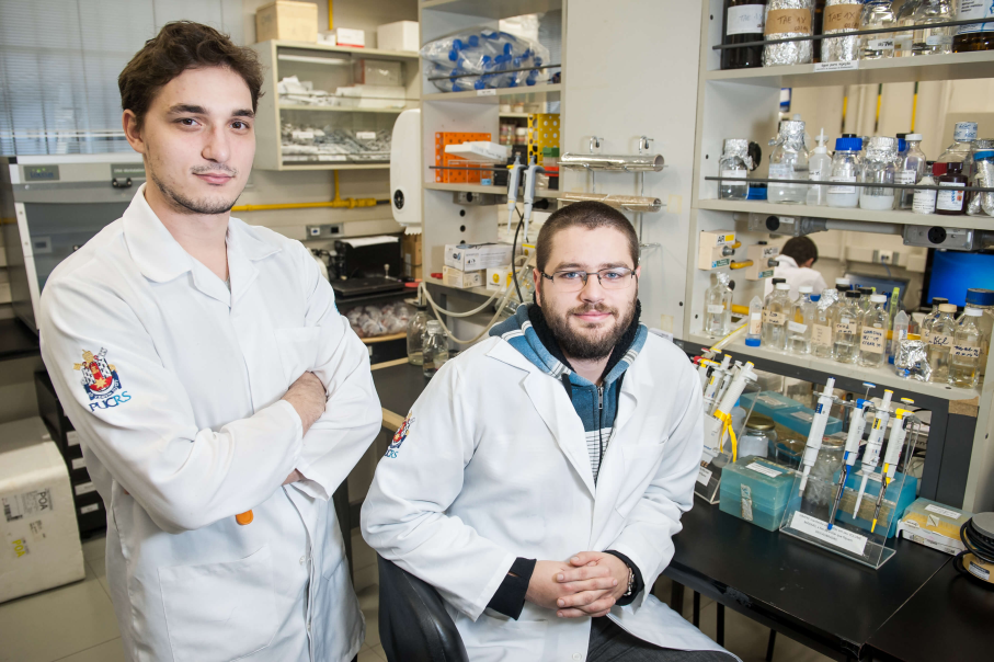 Wearick and Viola, post-doctoral researchers at the School of Medicine of PUCRS and BraIns RS / Image: Bruno Todeschini