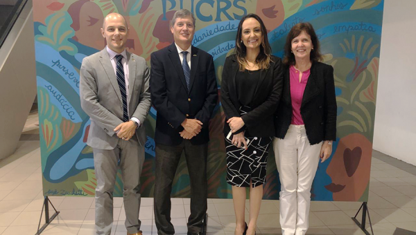 US Diplomatic Representatives Welcomed at PUCRS