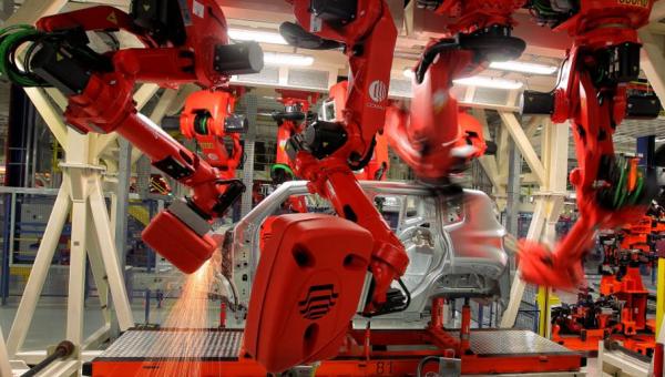 Palestra discute impactos de robôs no mercado de trabalho