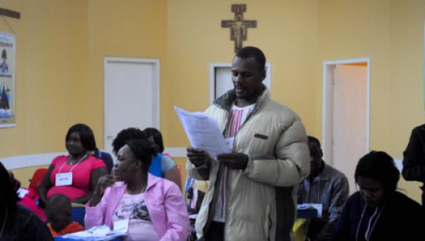 Haitianos concluem curso de português da PUCRS