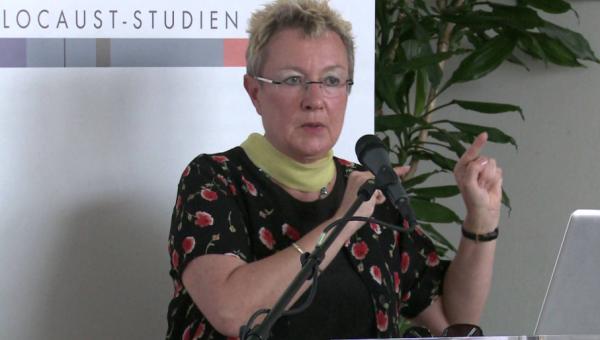 Socióloga alemã aborda pesquisa interpretativa e migração