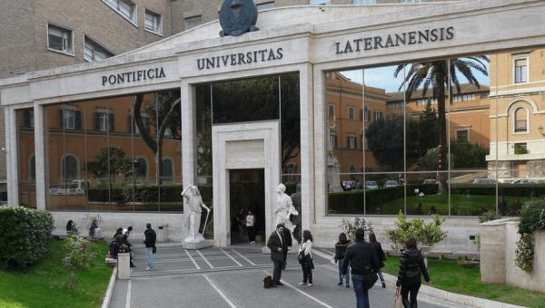 Dupla titulação une curso de Teologia com universidade do Vaticano