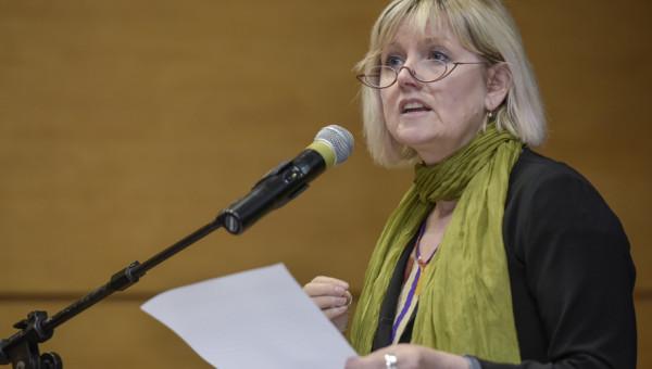 Educação, política e democracia são temas de conferência internacional