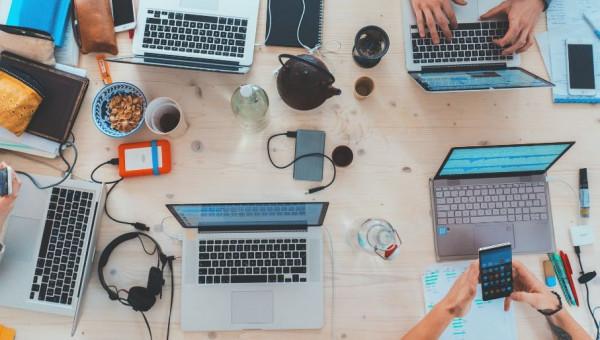 Como aproveitar as férias para se destacar no mercado de trabalho