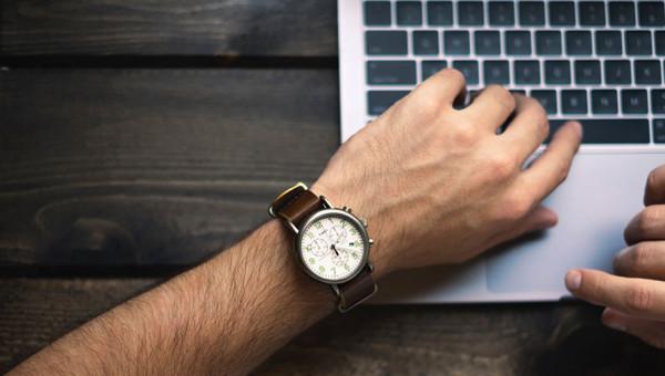 Rotina em casa: gerenciar o tempo auxilia a manter a produtividade