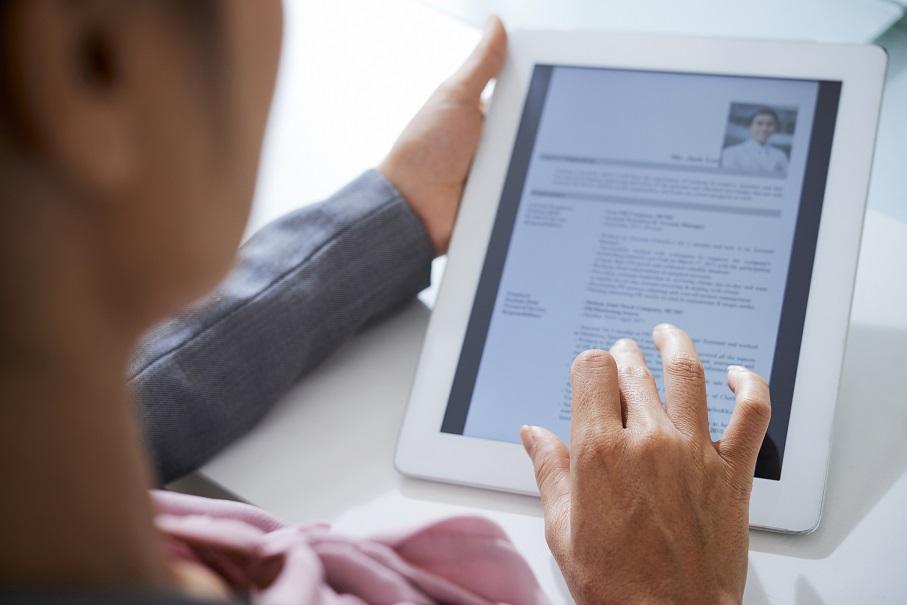 5 dicas: como enriquecer o currículo para ingressar no mercado de trabalho