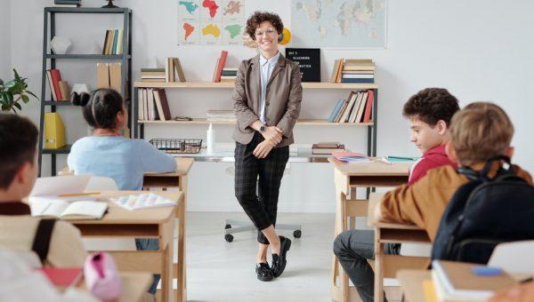 Conheça 5especializaçõespara educadores que desejam construir uma sociedade mais inclusiva