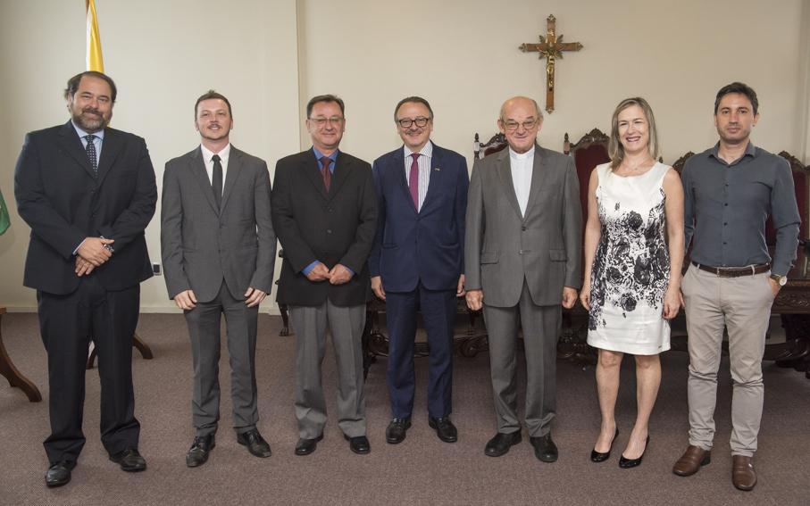 cônsul, Polônia, Jaderson Costa da Costa, vice-reitor, reitoria