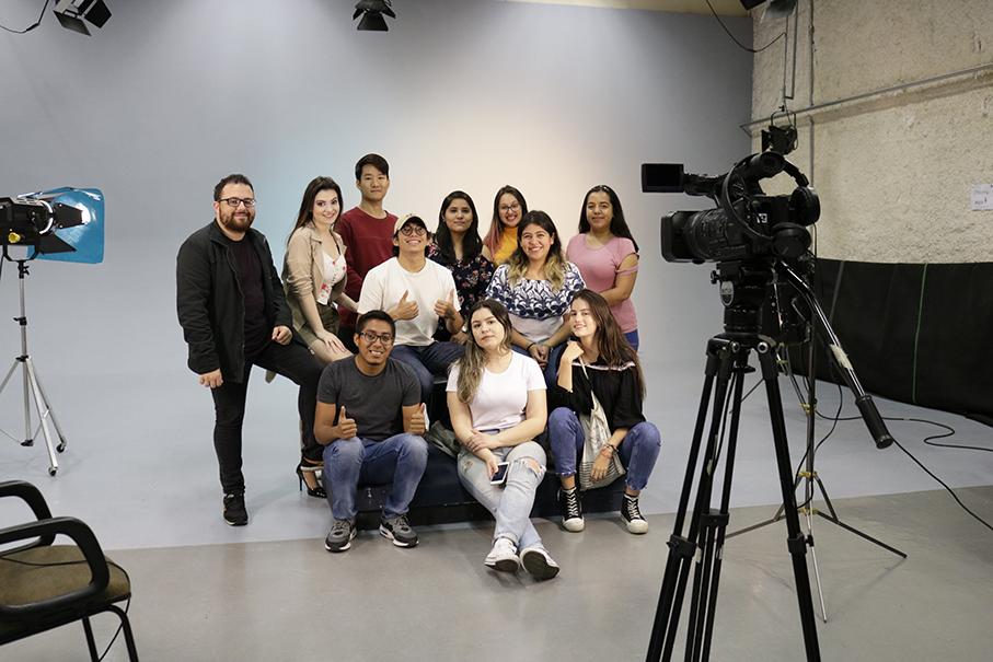 2019_08_28_atividade_videolab_alunos_internacionais(thais_goncalves)