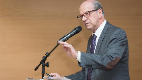 Diretor de Avaliação da Capes palestra na Universidade