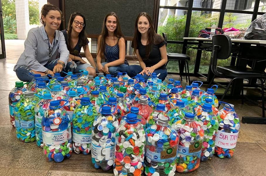 Escola de Medicina, Trote Solidário, tampinhas, garrafas pet, doação, arrecadação