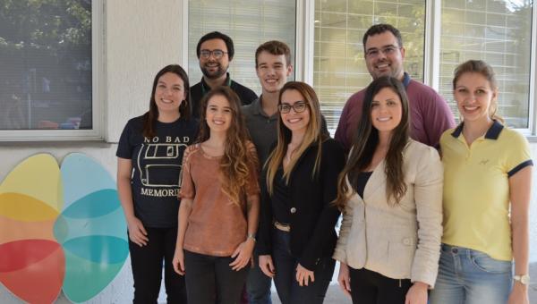 Universitários ligados ao InsCer conquistam Prêmio Jovem Pesquisador