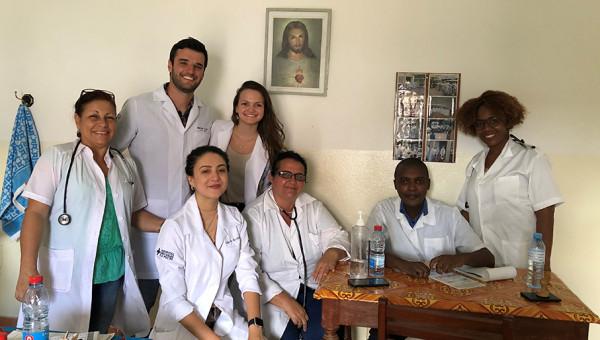Intercâmbio proporciona experiência na área da saúde em Moçambique