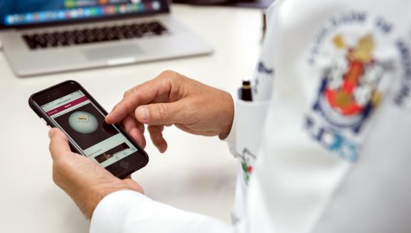 Dia do Médico: profissionais protagonizam a saúde e a inovação