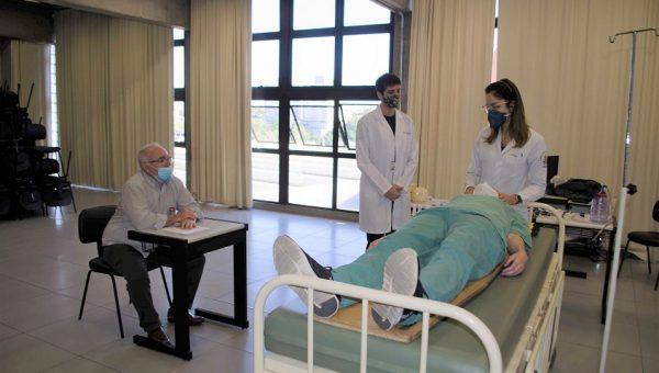 Treinamento OSCE evidenciou as habilidades de alunos da Escola de Medicina