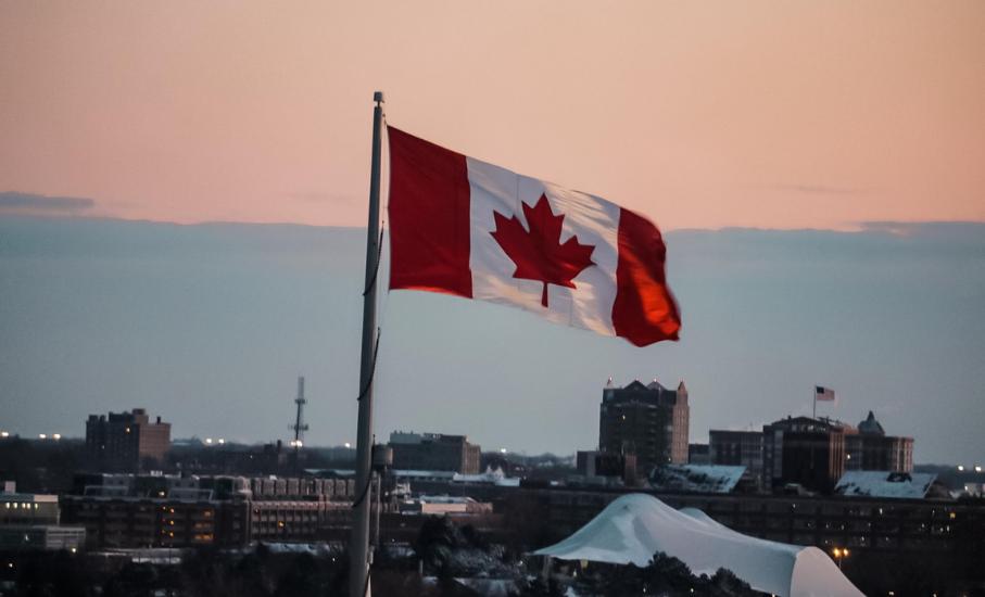 Estudantes da graduação são contempladas com bolsas de estudos no Canadá