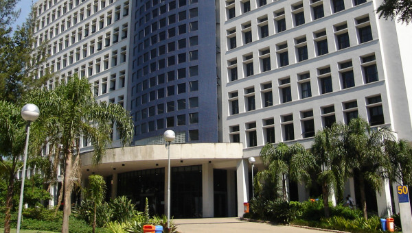 Alteração no funcionamento da Escola de Negócios a partir de 23 março