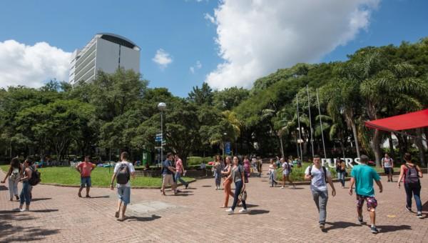 Universidade dobra o número de vagas para créditos educativos próprios