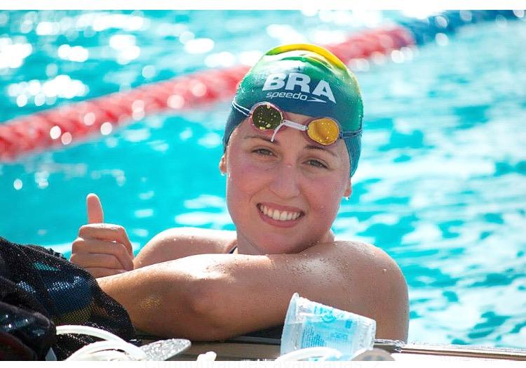 Betina Lorscheitter, maratonista, Escola de Negócios, natação