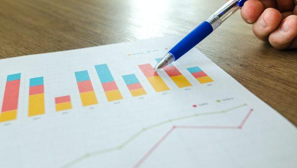 Crescimento daindústria financeira aumenta demanda por profissionais qualificados