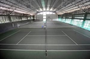 """3 quadras de tênis com """"piso rápido"""""""