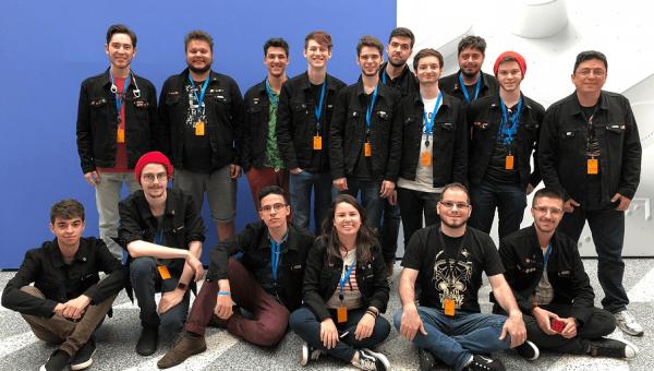 Alunos da Universidade participam de conferência mundial da Apple