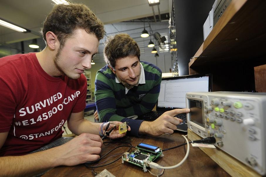 Engenharia,Politécnica,equipamento eletrônico
