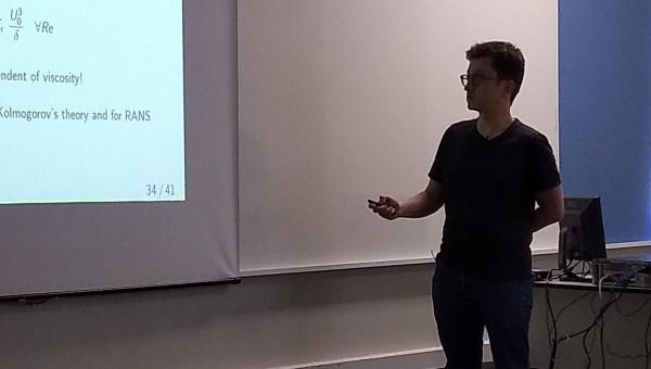 Professor visitante Damien Biau participa de seminários e minicurso pelo PUCRS-PrInt
