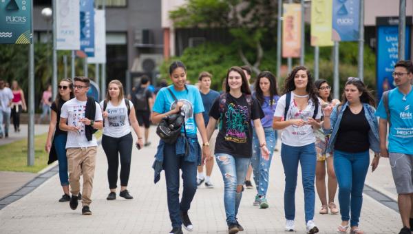 Novo Vestibular de Verão adapta-se às mudanças no Ensino Médio
