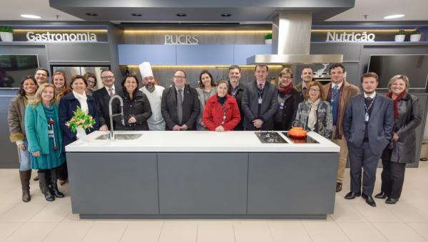 Ciências da Saúde inaugura Auditório Pedagógico Cozinha Show