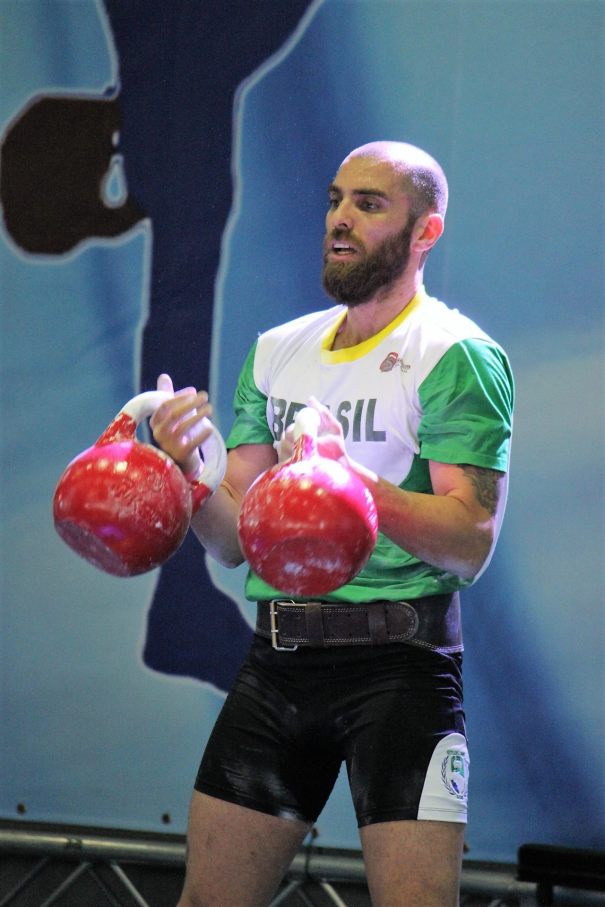 Sandy Martin,Kettlebell sport,educação física,campeonato,Federação Mundial de Kettlebell Sport