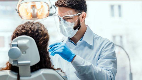 Mestrado e doutorado em Odontologia ampliam possibilidades de atuação profissional