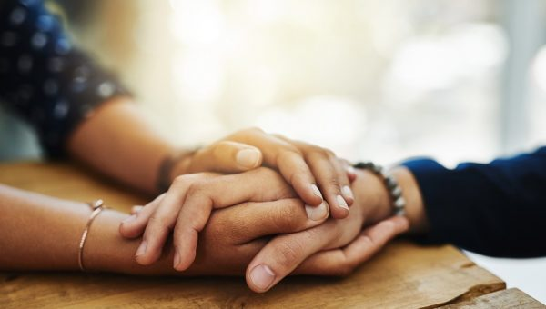 5 comportamentos que ajudam a lidar com o processo de luto