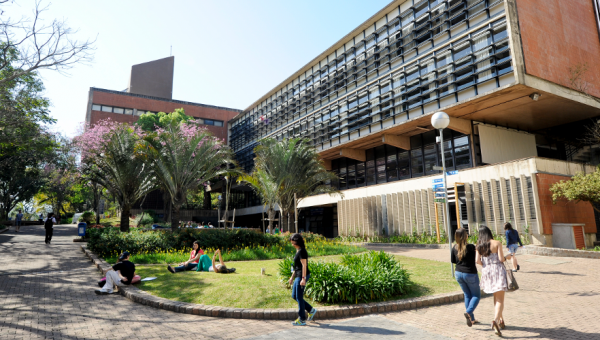Exchange program between PUCRS and Rice University