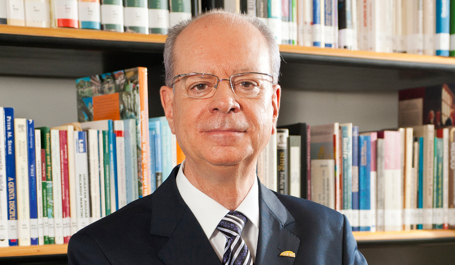 Reitor da PUCRS, Joaquim Clotet