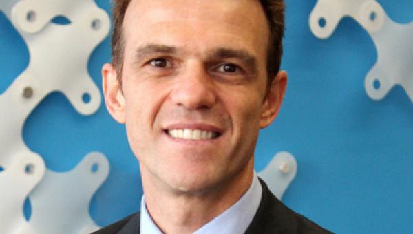 Diretor-geral da Dell realiza palestra na Universidade