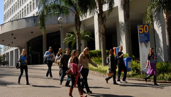 Atividade da Face aproxima estudantes e empresas