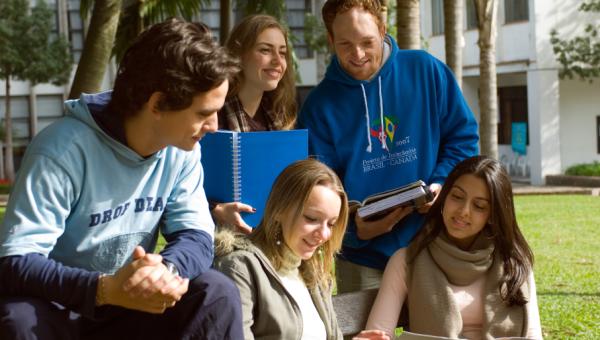 Transferência, ingresso de diplomando e reopção com inscrições abertas