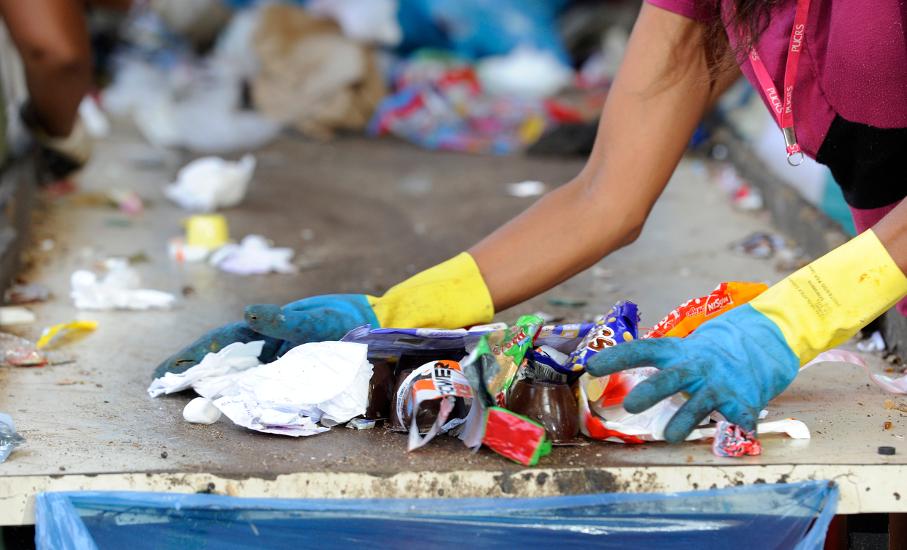 Galpão de reciclagem de lixo