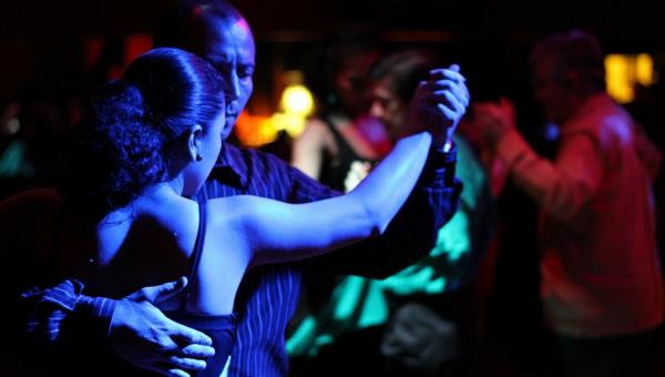 Concerto reúne Orquestra e grupo Tango's Show