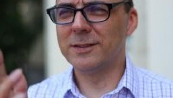 Palestra com professor da República Tcheca aborda desafios globais